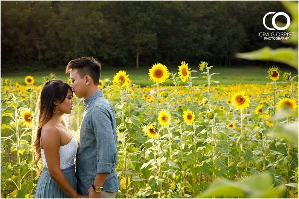 Sunflower field engagement portraits sunset mountains georgia_0028.jpg