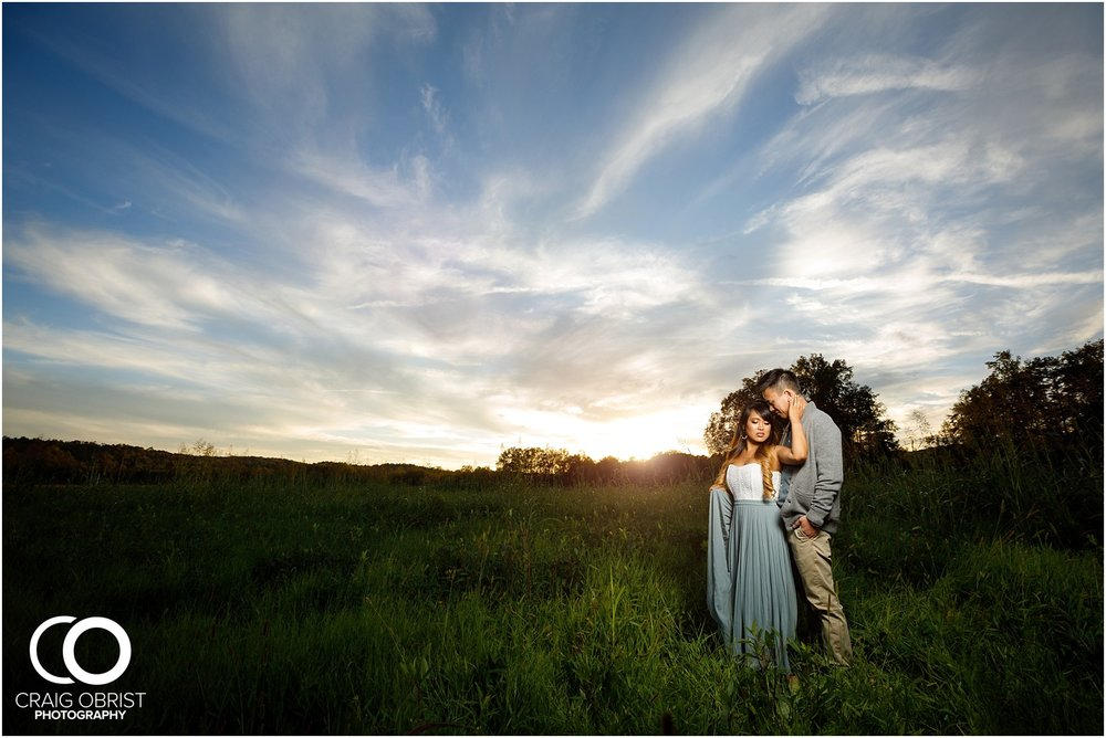 Sunflower field engagement portraits sunset mountains georgia_0044.jpg