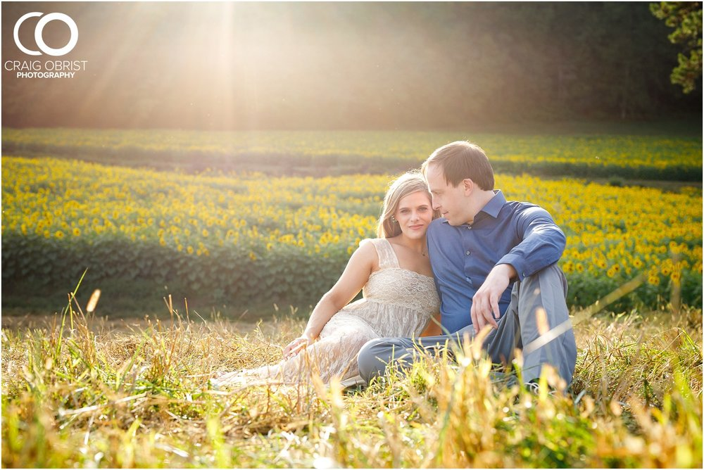 sunflowers fields north georgia engagement portraits wine vineyard_0024.jpg
