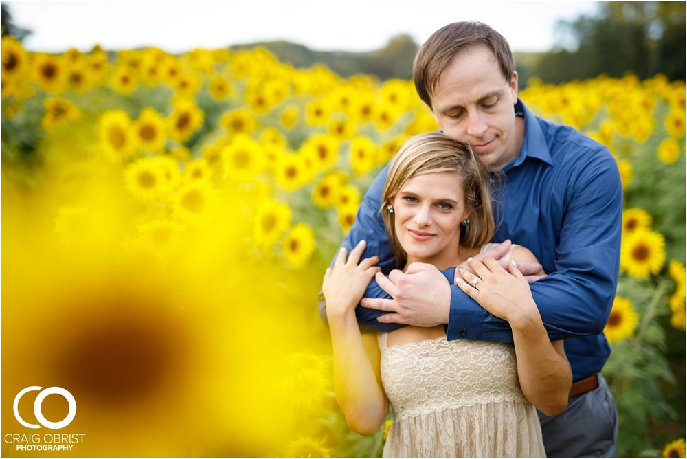 sunflowers fields north georgia engagement portraits wine vineyard_0031.jpg