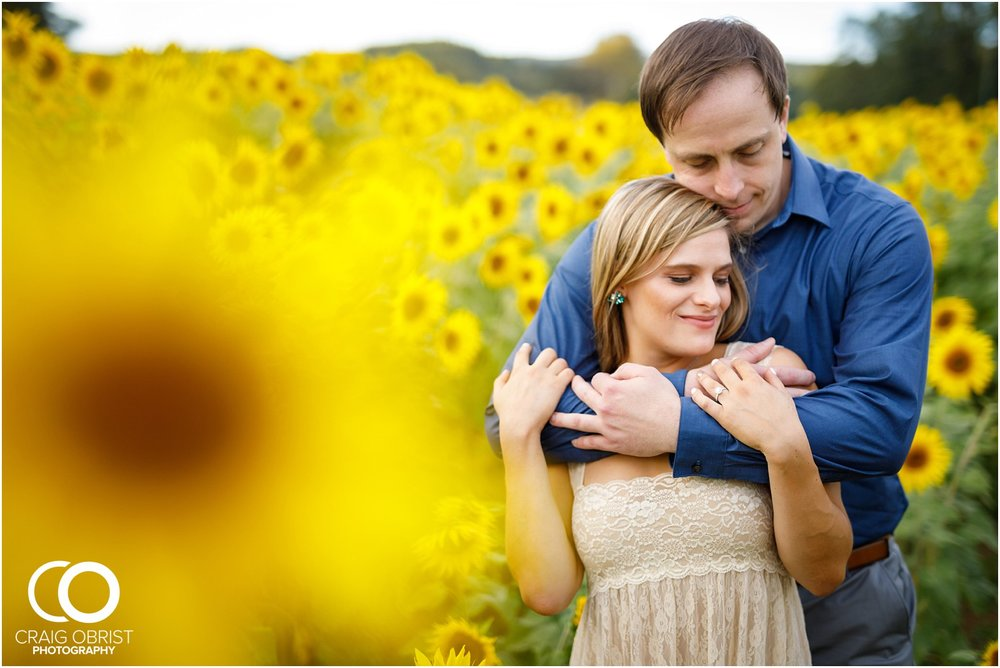 sunflowers fields north georgia engagement portraits wine vineyard_0032.jpg
