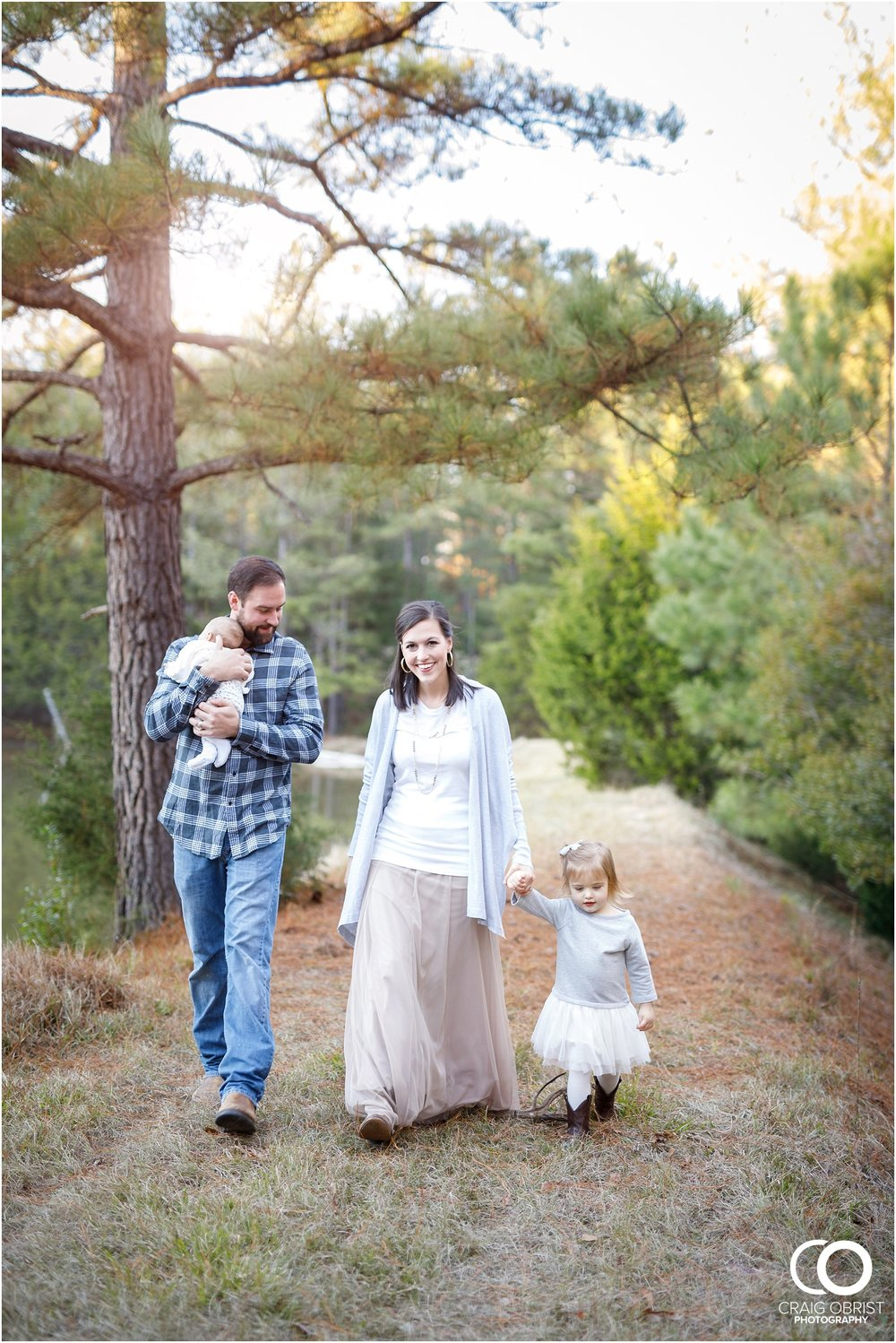 Augusta Countryside family portraits rustic_0013.jpg