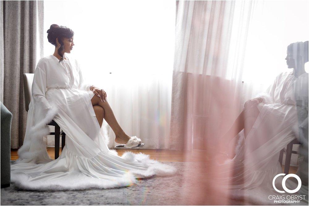 200 Peachtree Southern Exchange Ritz Carlton Wedding Portraits_0009.jpg