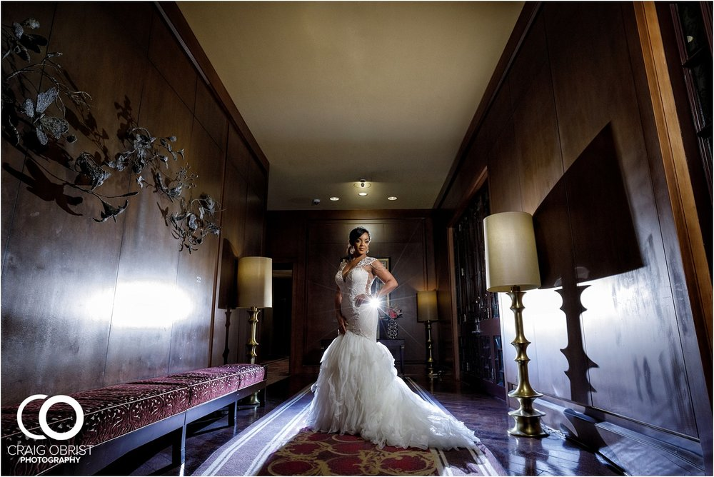 200 Peachtree Southern Exchange Ritz Carlton Wedding Portraits_0021.jpg