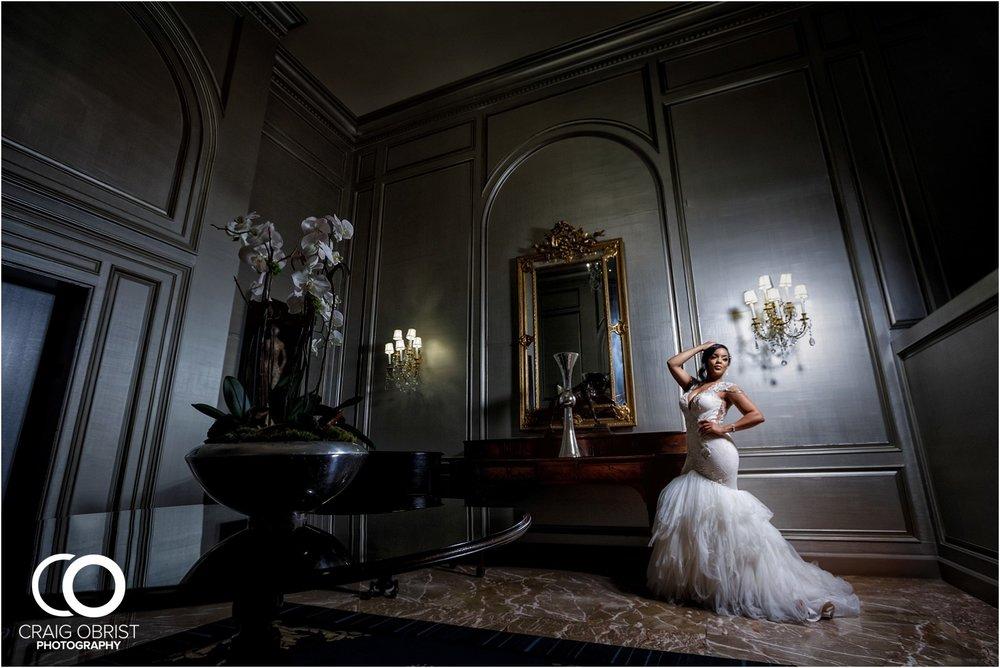 200 Peachtree Southern Exchange Ritz Carlton Wedding Portraits_0028.jpg