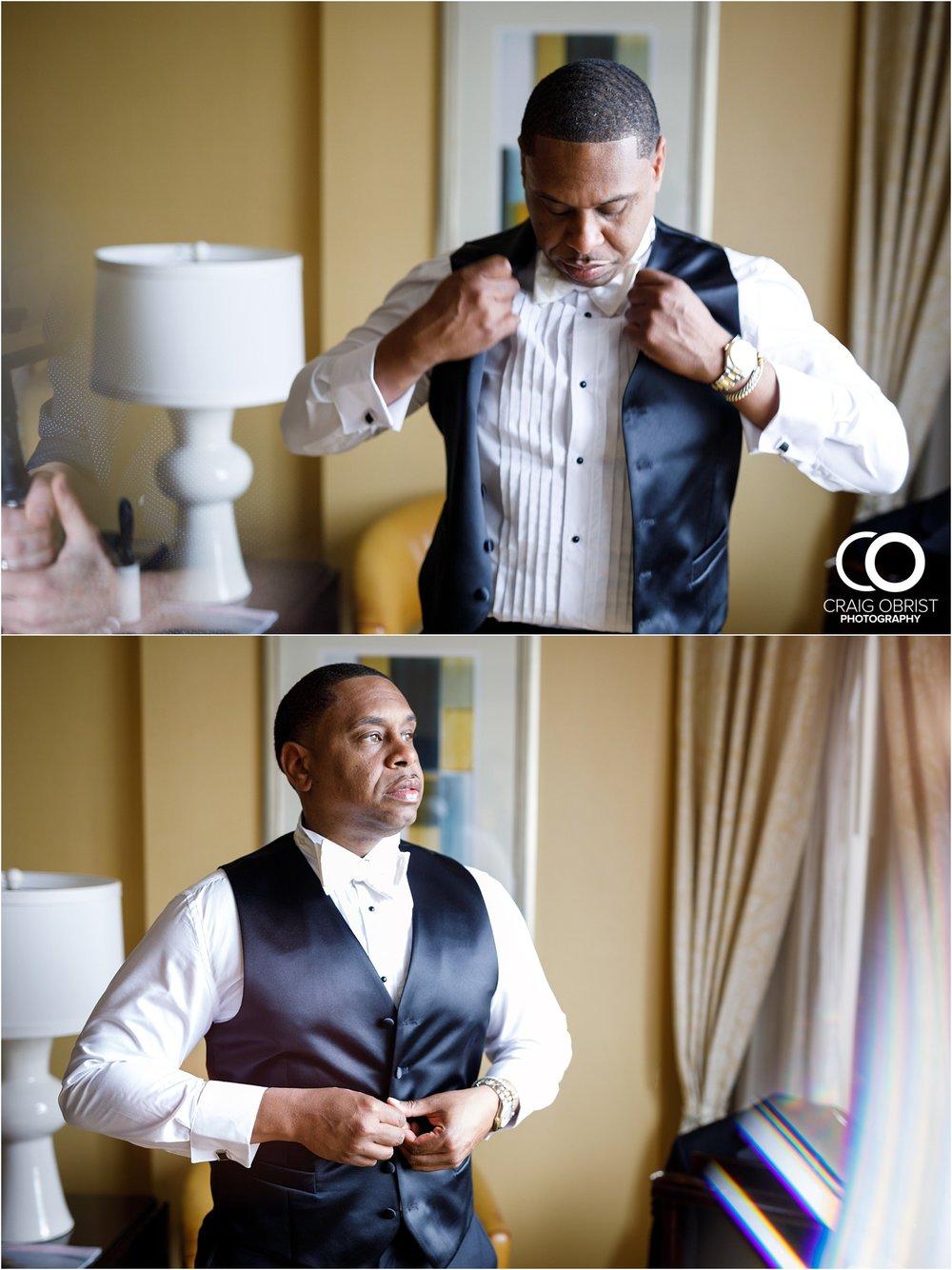 200 Peachtree Southern Exchange Ritz Carlton Wedding Portraits_0036.jpg
