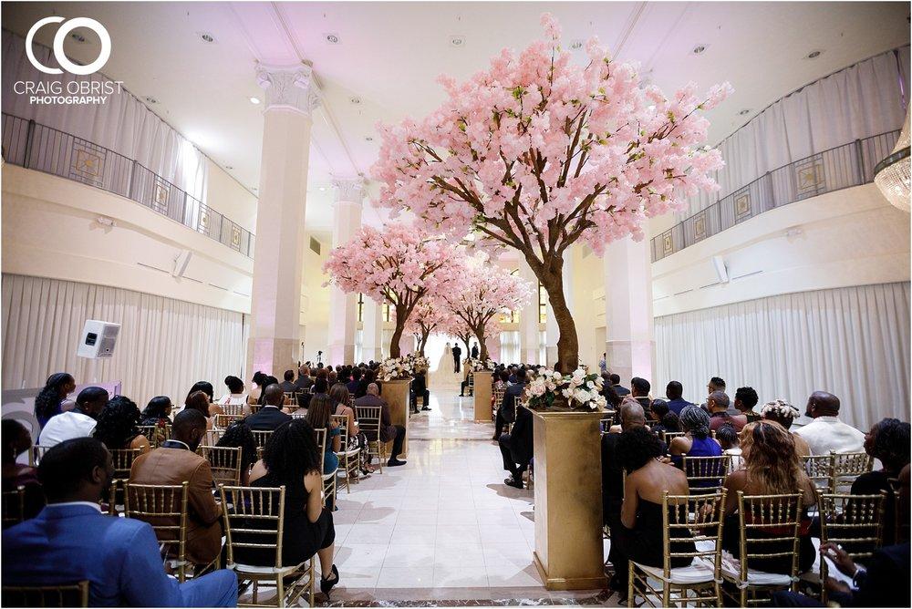 200 Peachtree Southern Exchange Ritz Carlton Wedding Portraits_0052.jpg