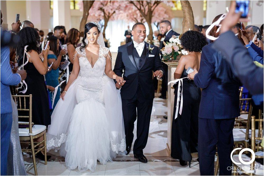 200 Peachtree Southern Exchange Ritz Carlton Wedding Portraits_0057.jpg
