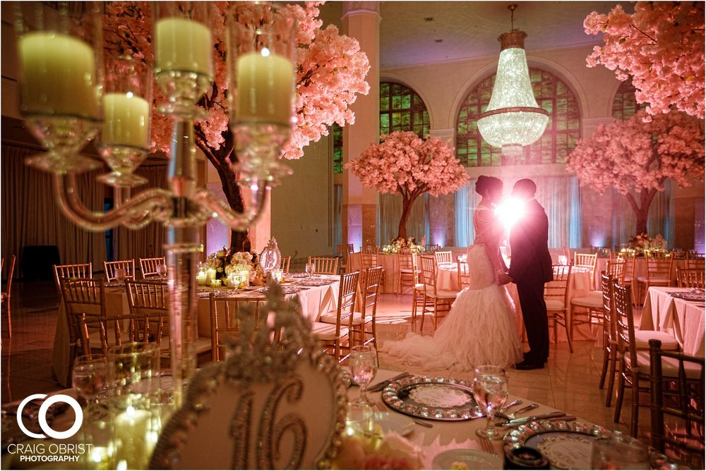 200 Peachtree Southern Exchange Ritz Carlton Wedding Portraits_0069.jpg
