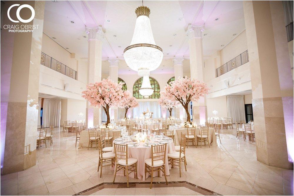 200 Peachtree Southern Exchange Ritz Carlton Wedding Portraits_0074.jpg