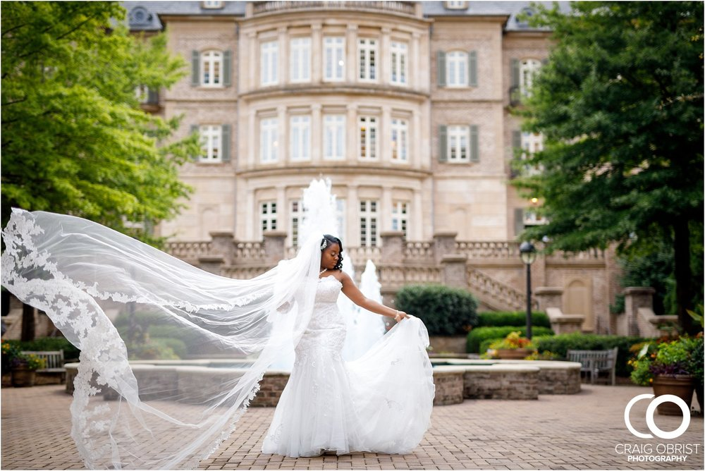 The Temple W midtown arthur blank foundation Wedding Portraits_0059.jpg