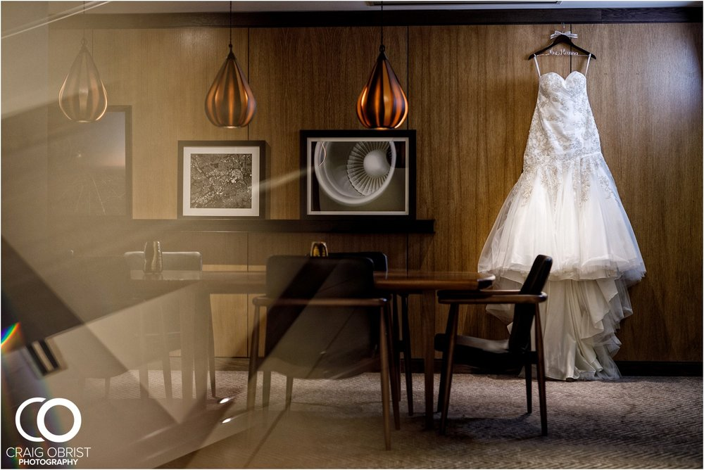 200 Peachtree Southern Exchange Le Meridian Wedding Portraits_0004.jpg