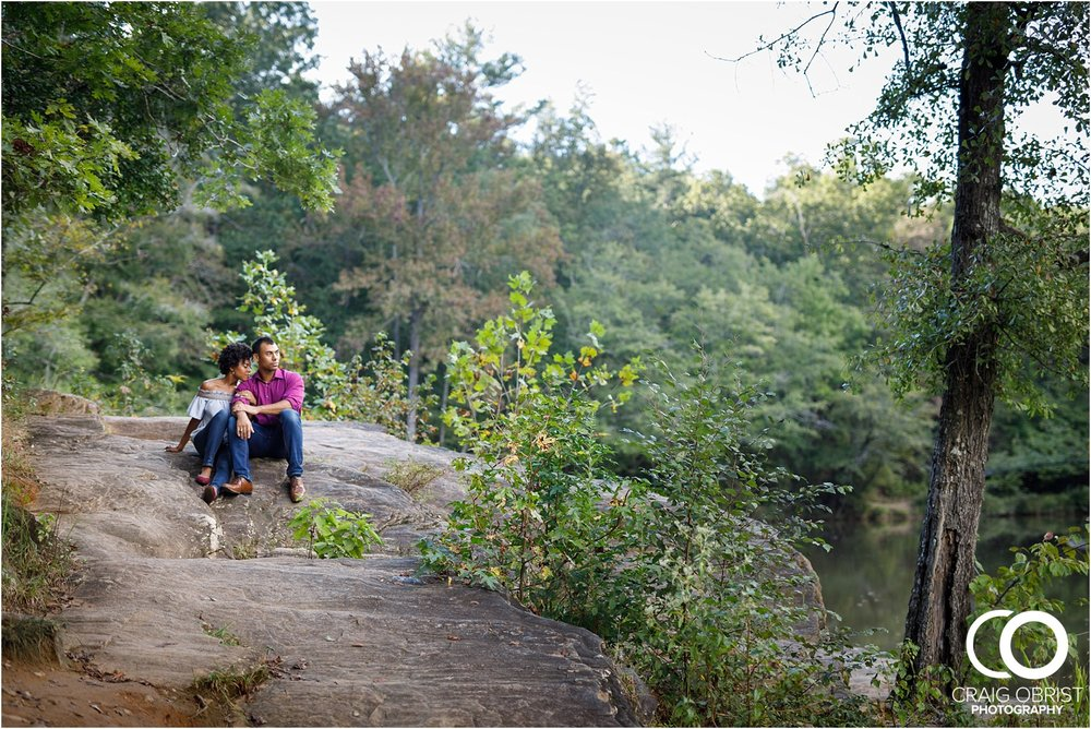 King Queen Sweetwater creek park Engagement Portraits_0004.jpg