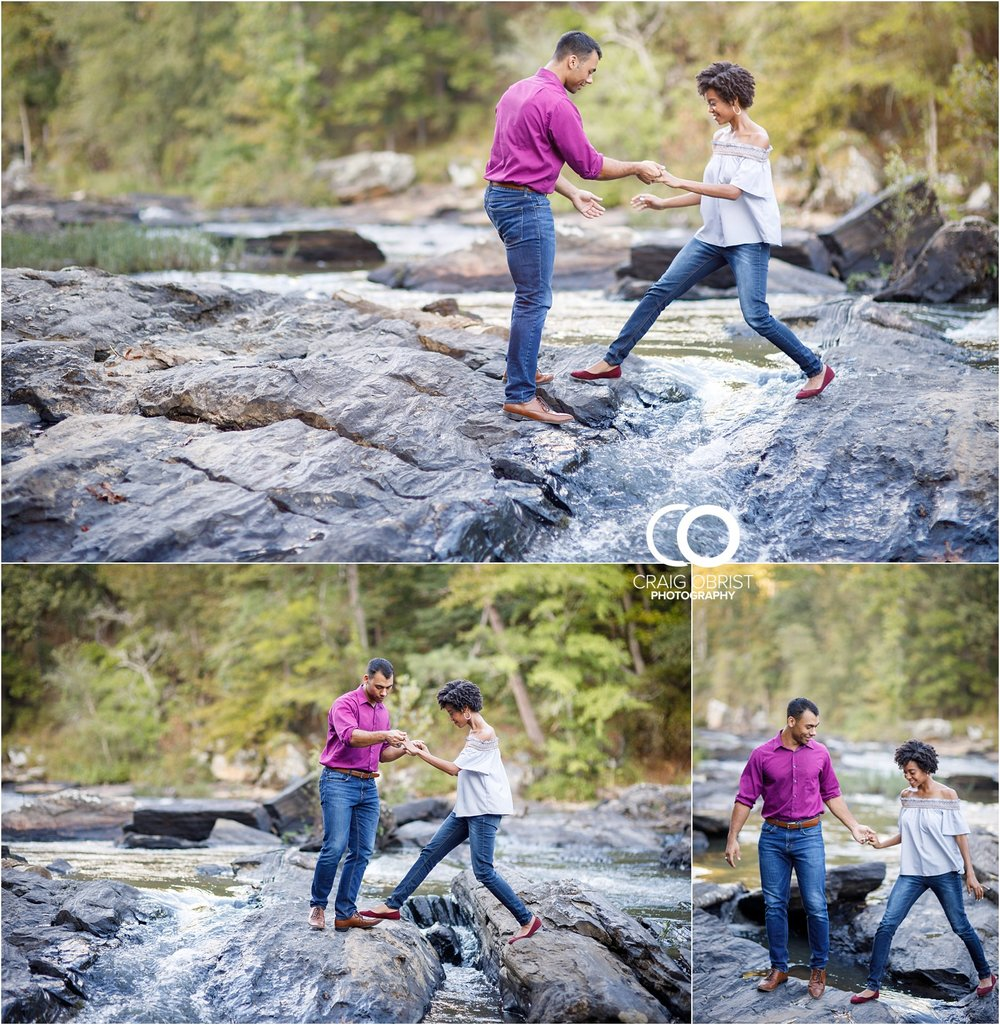 King Queen Sweetwater creek park Engagement Portraits_0014.jpg