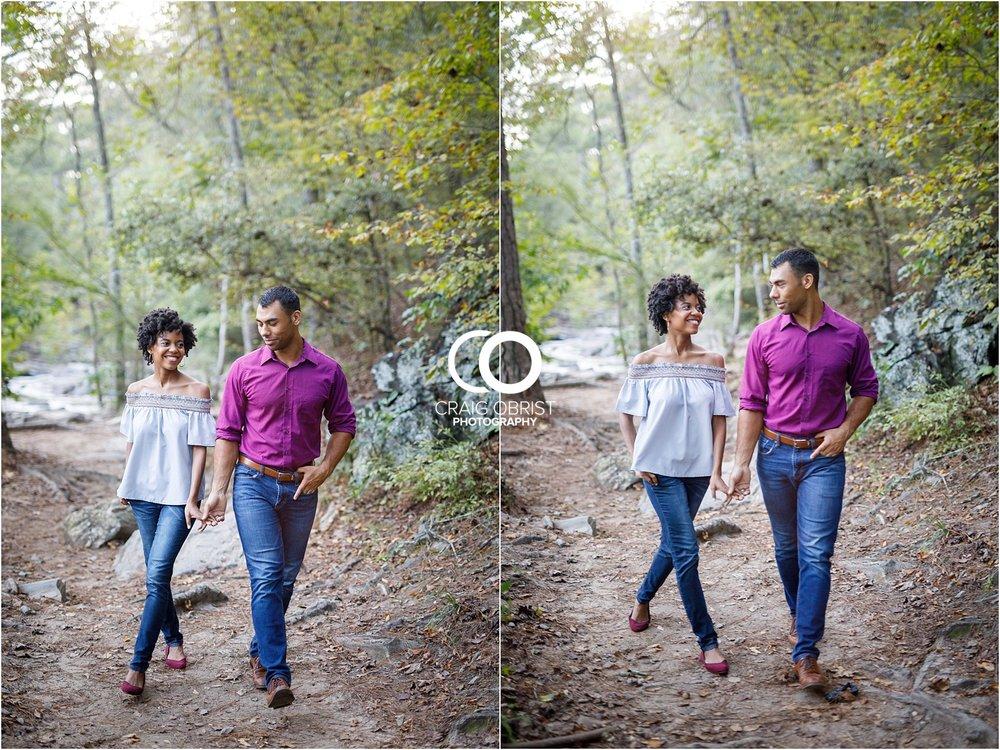 King Queen Sweetwater creek park Engagement Portraits_0015.jpg