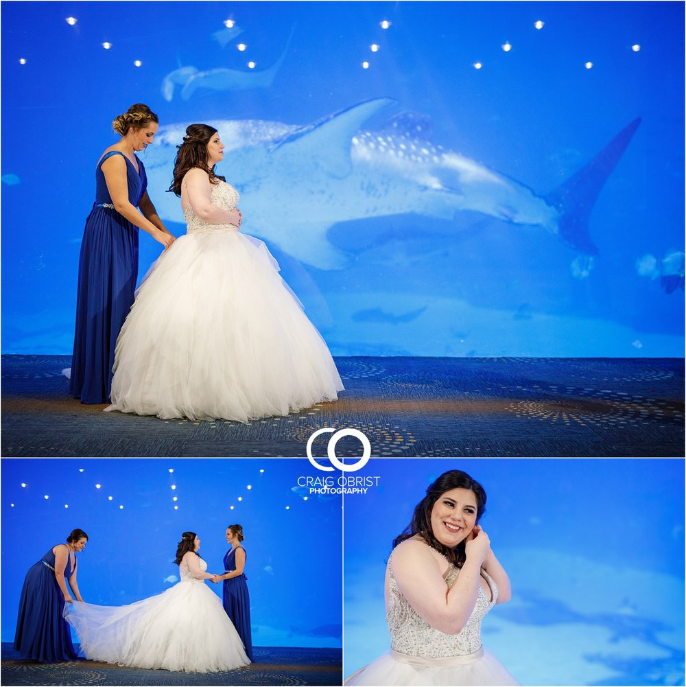 Georgia Aquarium Wedding Portraits Whale_0005.jpg