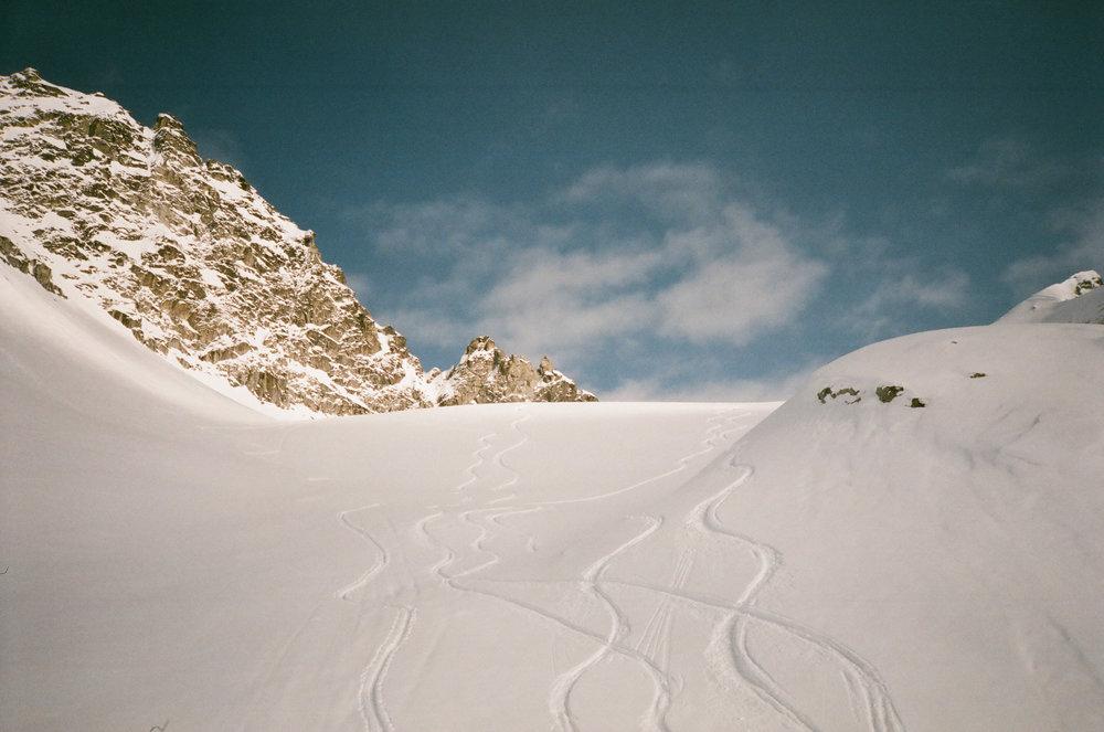 Pow lines. Thanks snow!