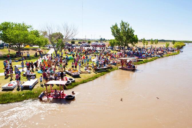Raft the rio las cruces