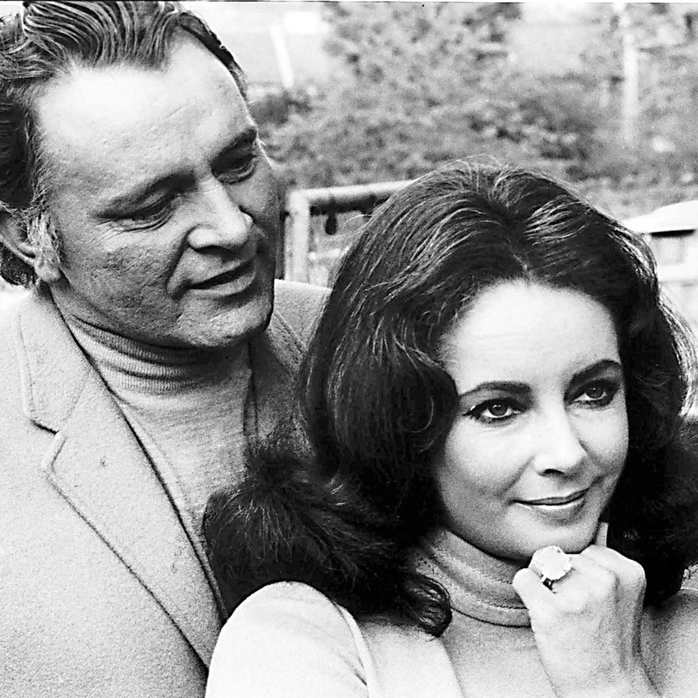 beth_bernstein_book_p67_richard_burton_and_elizabeth_taylor_wearing_krupp_diamond_ring_copyright_alamy.jpg__1536x0_q75_crop-scale_subsampling-2_upscale-false.jpg