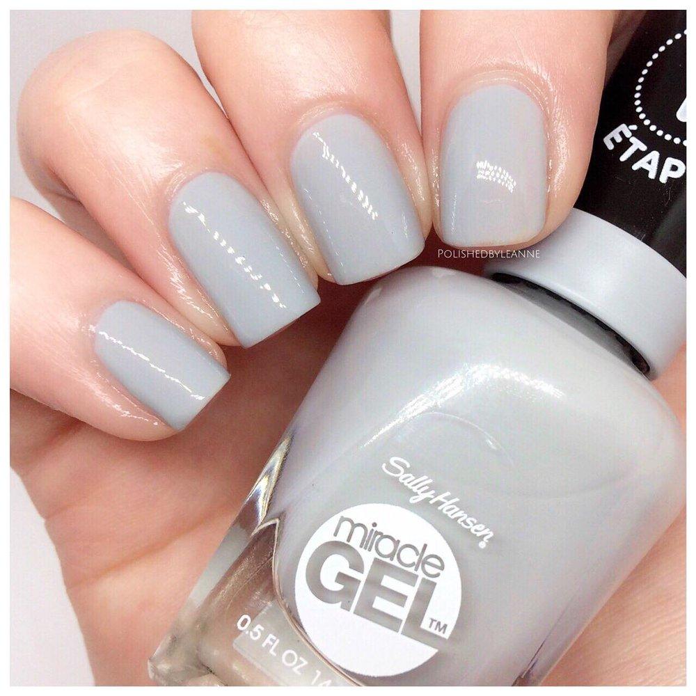 Grey-Fitti