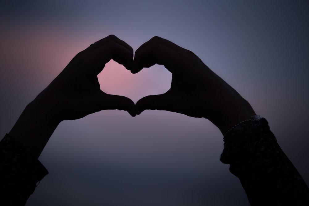 händer_och_hjärta