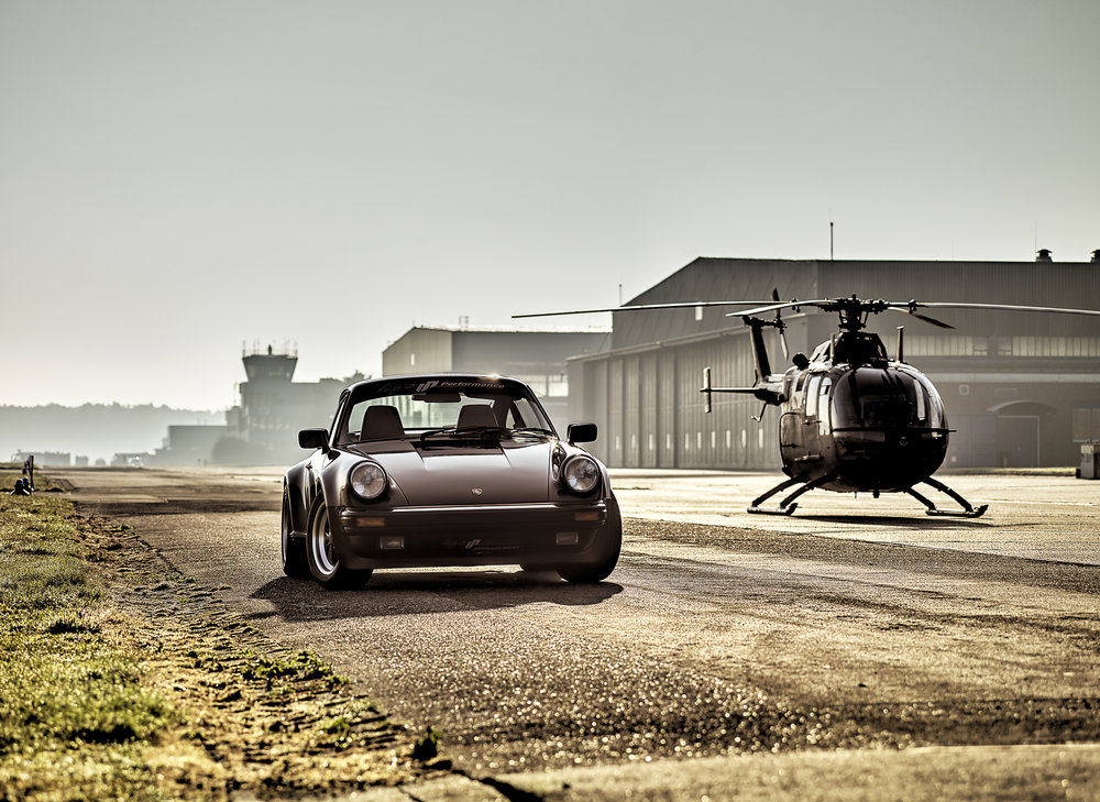 Porsche 911 Turbo / BO 105