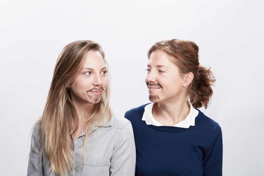 on s'est dit qu'on reussirait peut-être mieux avec une moustache...