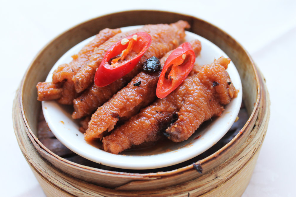 豉汁蒸凤爪  Chicken Claw in Black Bean Sauce  £3.20