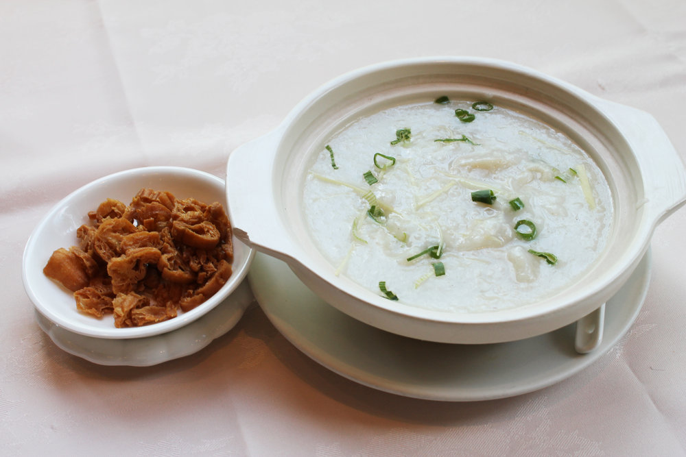 生滚鱼片粥  Fish Fillet Congee  £5.80