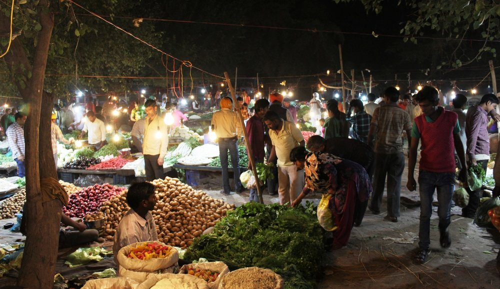 A vegetable market in Ludhiana inhabited by migrant vegetable sellers. Credit: Atul Anand