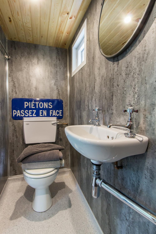 Shepherds Hut Toilet Rye East Sussex