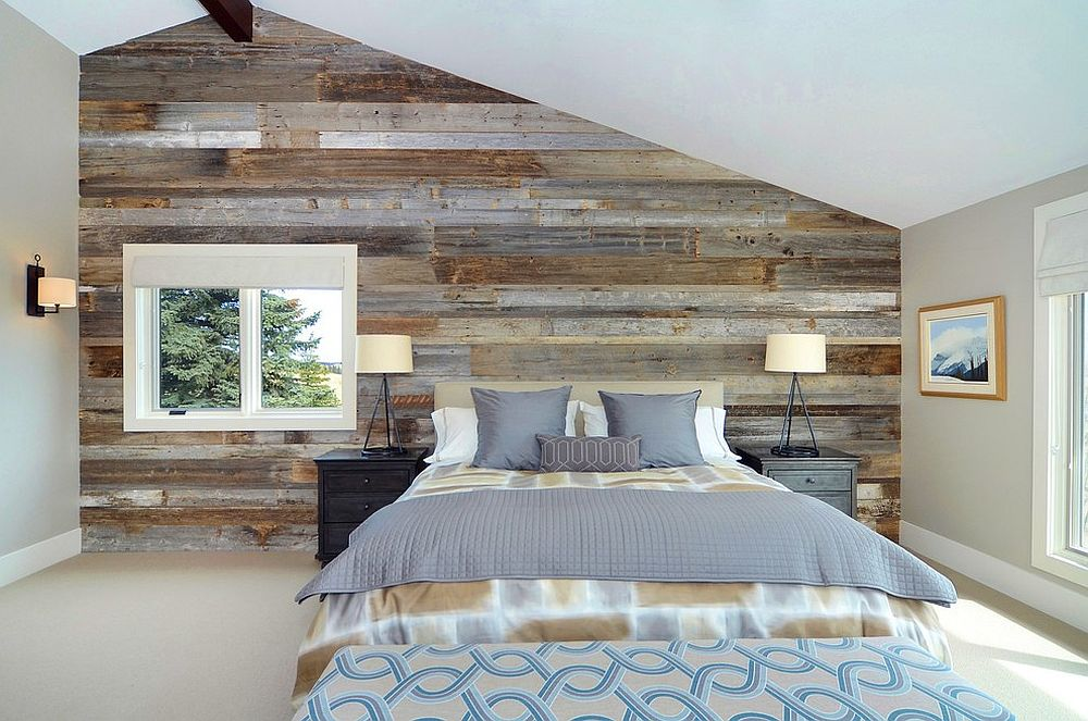 Serene-and-stylish-contemporary-bedroom-with-a-wood-accent-wall.jpg