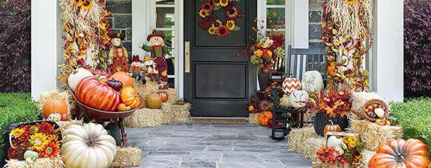 fall-porch-decor.jpg