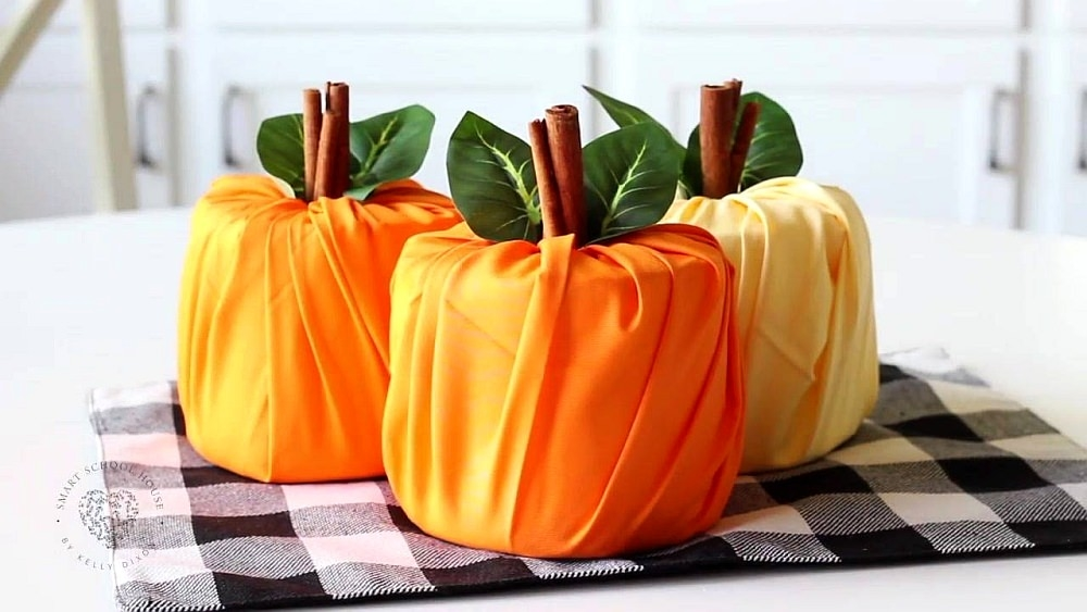 How-to-Make-Toilet-Paper-Pumpkins-1000x563.jpg