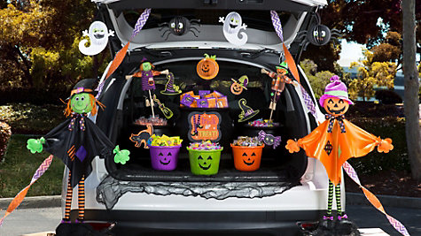 trunkortreat (1).jpg
