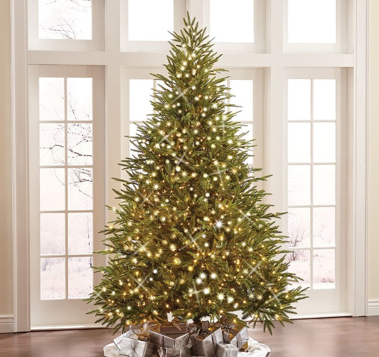 artificial-christmas-tree-04.jpg