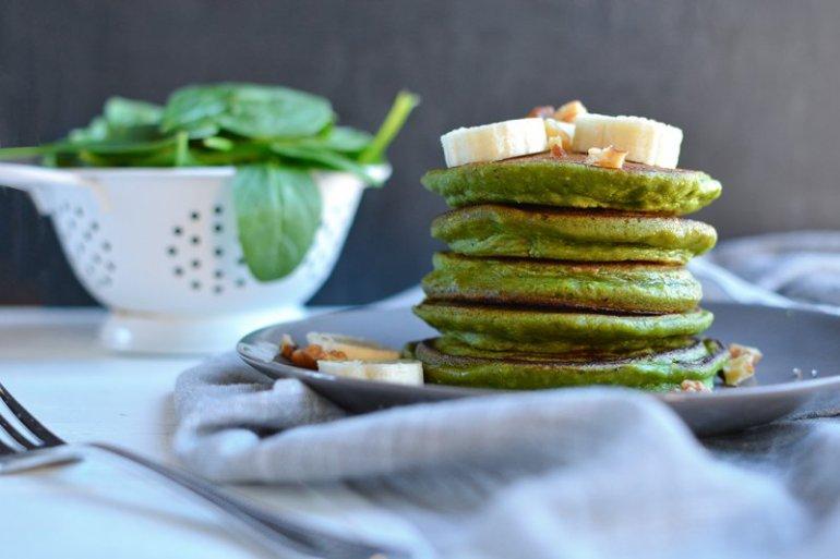 green-smoothie-pancakes-wide-ig2.jpg