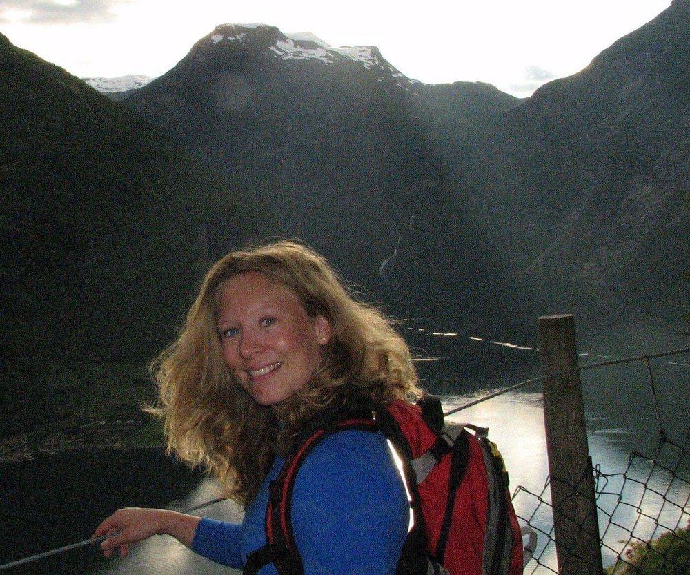 Elisabeth - Livsstil- og treningsveilederKontakt: Elisabeth@synergihelse.no