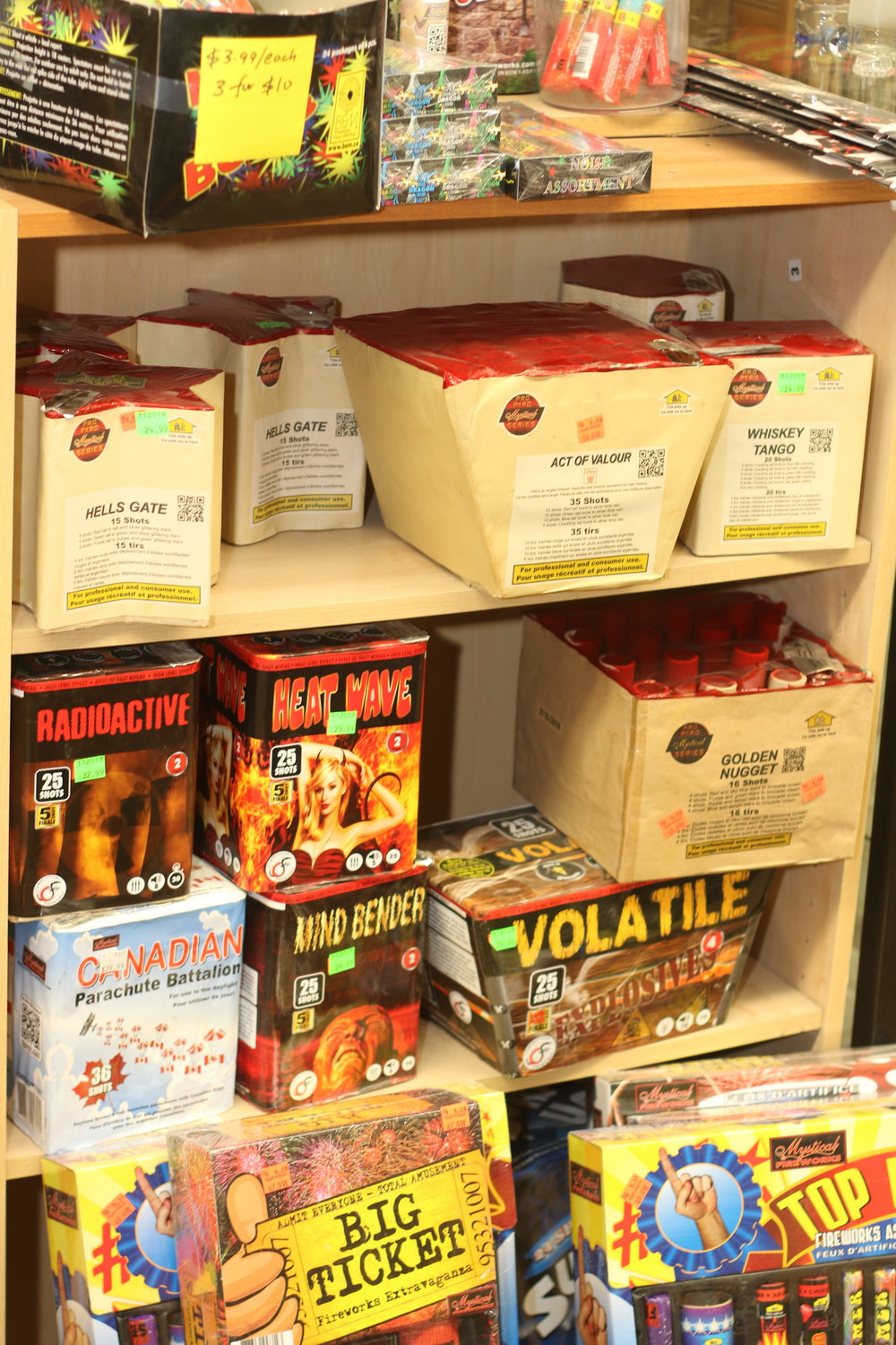 We carry Fireworks     everyday    ; we carry Roman Candles, Sparklers; Noise Makers; Multi-shot Cakes & Fanned cakes