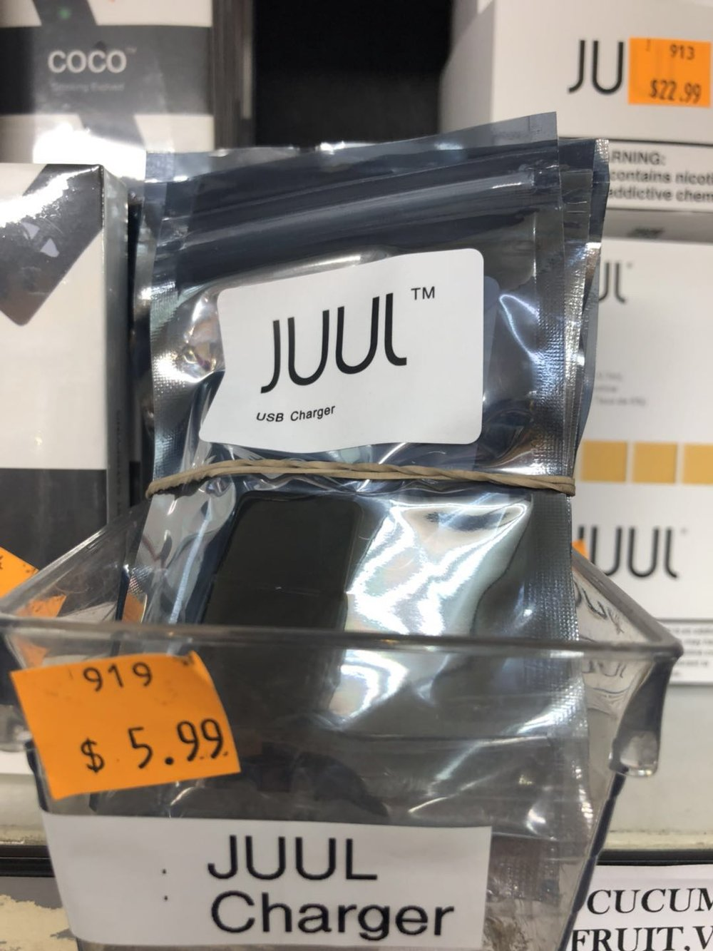 JUUL CHARGER.jpg