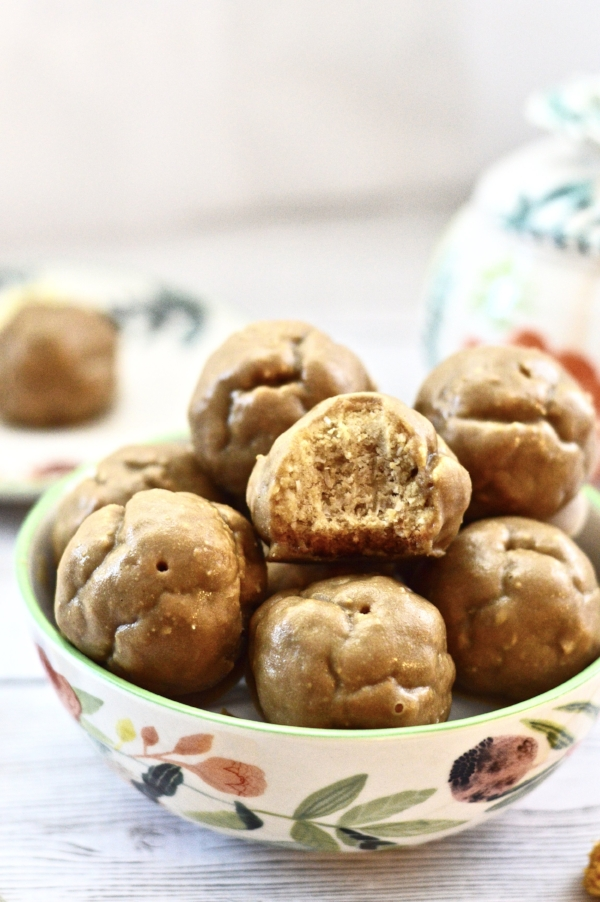 Paleo Cookie Bites with Maple Butter Frosting (paleo, gluten free, grain free)