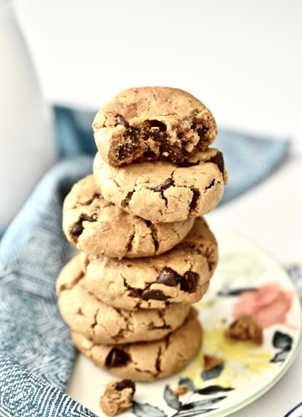 Paleo Cashew Coconut Chocolate Chip Cookies (Grain Free, Gluten Free, Dairy Free)