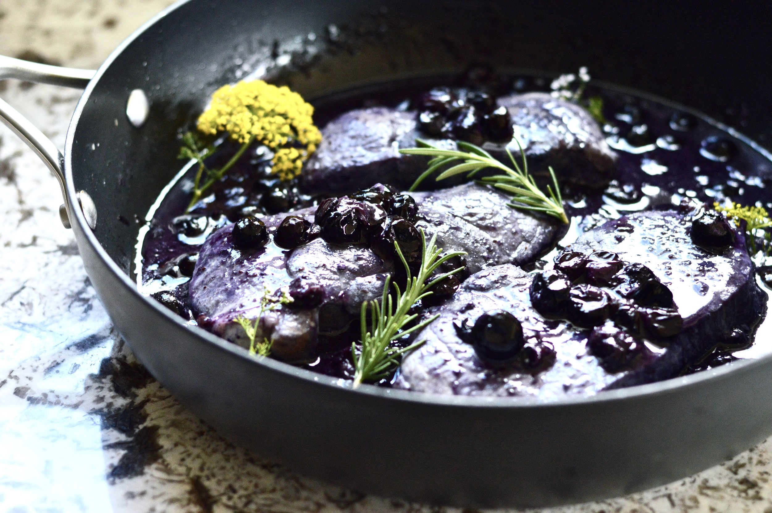 10 Minute Blueberry Pork Chops