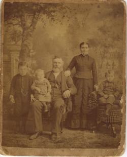 John Melander with his wife Elna and their three boys Gustaf, Emrik and Henrik.