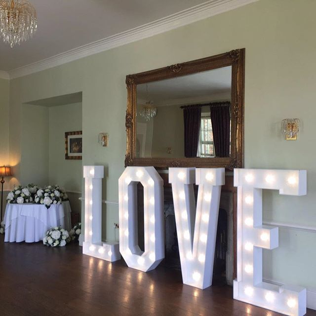 Make our venue your own, bring your theme to life and fill Offley Place with lots of love personality and personal touches. #love #lovelights #photography #weddingphotos #photobooth #reception #ceremony #lights #light #mirror #restaurant #personal #personaltouches #bride #groom #weddingguest #bespoke #beautiful