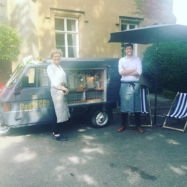 Today we had a visit from The Prosecco Van to keep the guests fully hydrated during the wedding! 🍾🍾🍾@bubblebrosofficial #prosecco #proseccovan #wedding #weddings #supplier #suppliers #drink #drinks #alcohol #receptiondrinks #weddingreception #ceremony #weddingceremony #sunny #sunnyday #readyandwaiting #hertfordshire #hitchin #offley #greatoffley #weddingvenue #bride #groom #sparklingwine #wine #prosecco #sparkling #privatehire #weddings #parties #events