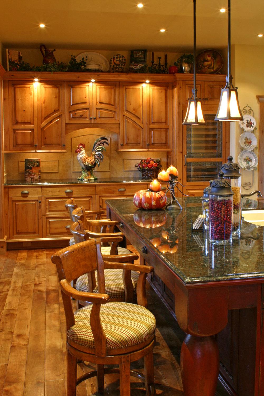 kitchen_bar_2.jpg