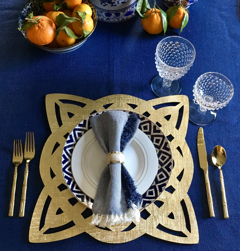place setting gold bamboo.jpg