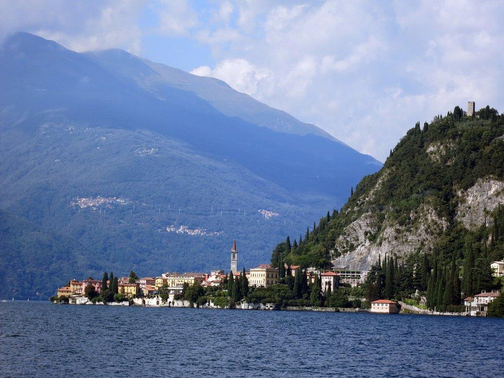 lake-como-449306_1280.jpg