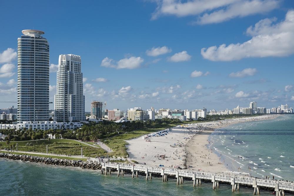 Miami; hett både för stränder och kryssningar.